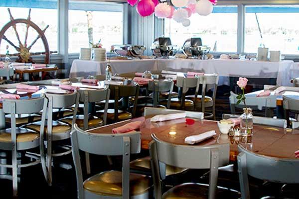 Seafood shack tropical breeze beach club for Acqua aveda salon